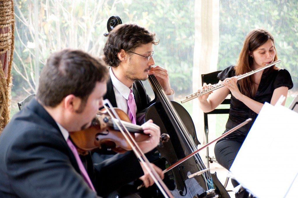 Cómo elegir la música de la ceremonia de boda que se adapte a tu estilo